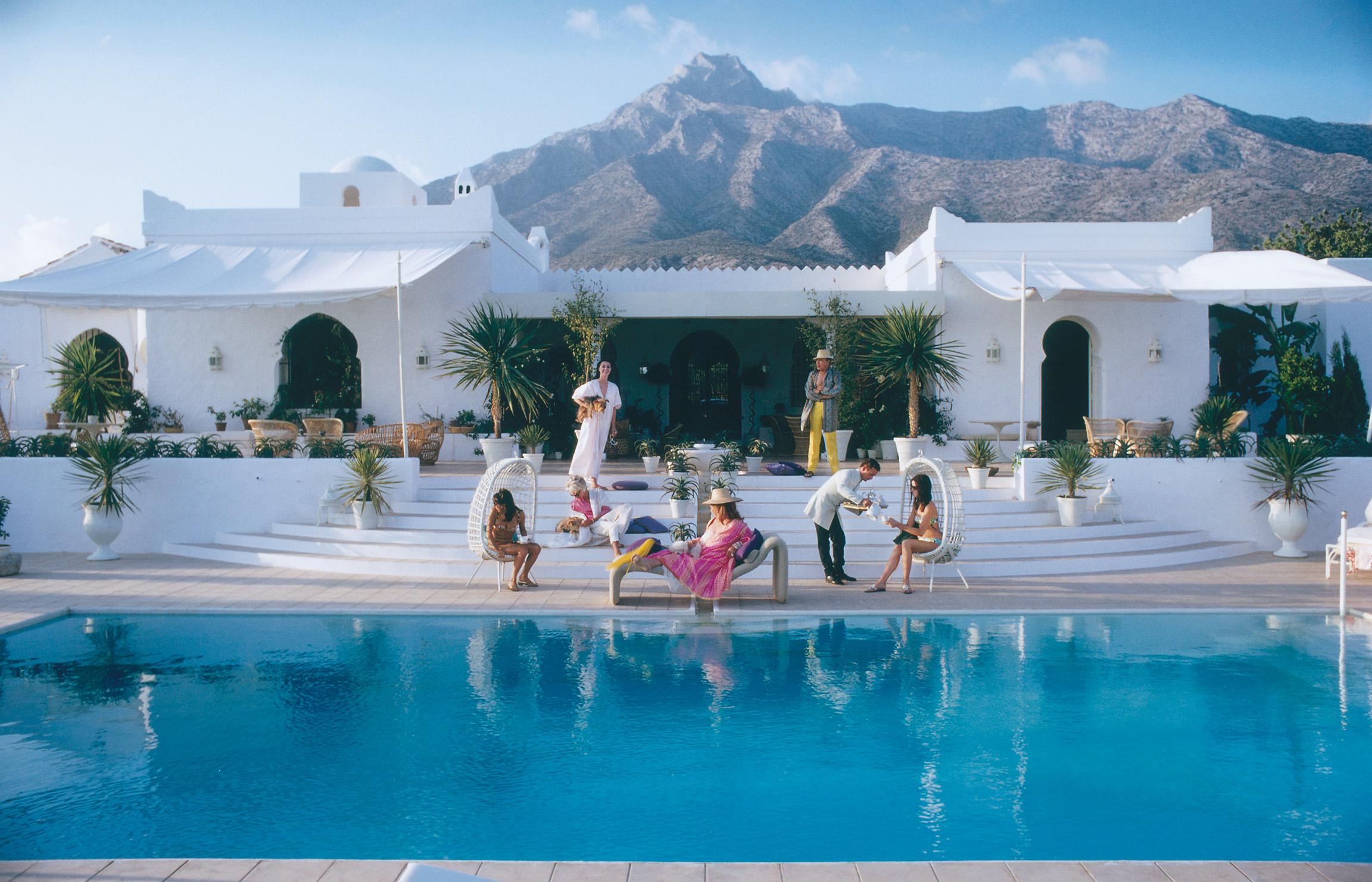 El Venero Slim Aarons Reproduction Photograph - Mecox Gardens
