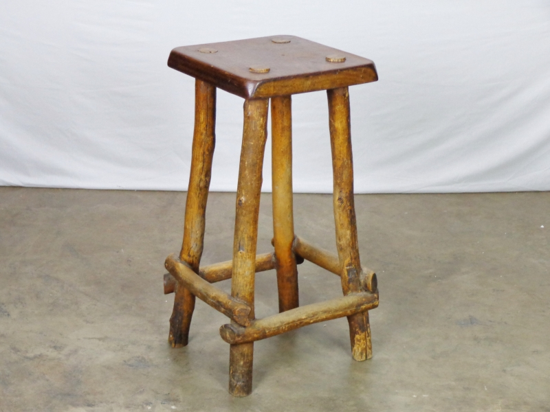 Triumph Solid Wood Seating Rustic Finishing Metal Iron Frame Bar Stools Reclaimed Barstool