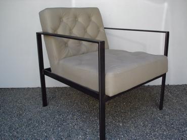 Chico Modern Metal Arm Chair