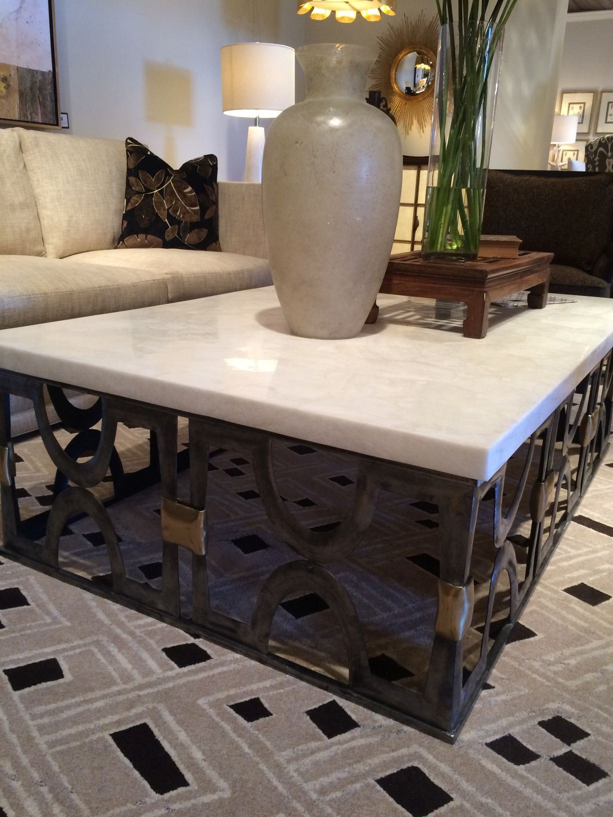 Attirant White Onyx Stone Top Coffee Table