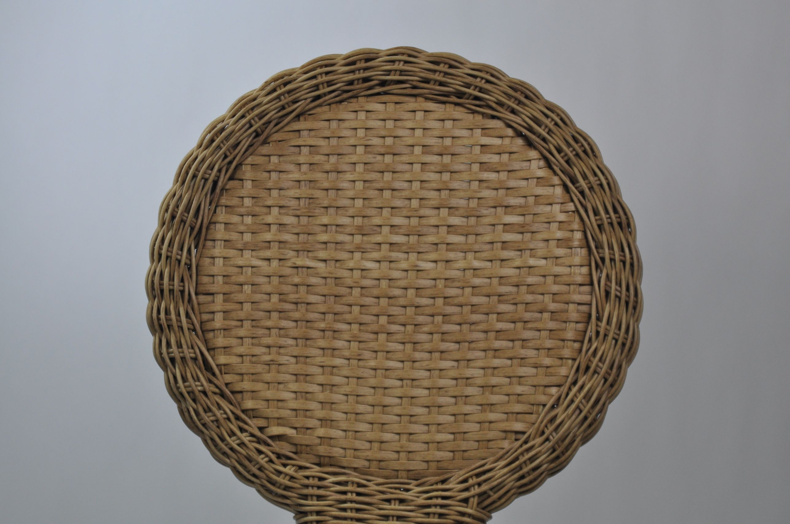 Genial Outdoor Circle Back Wicker Dining Chair