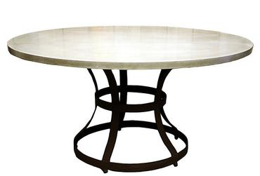 Merveilleux Round Concrete Table ...