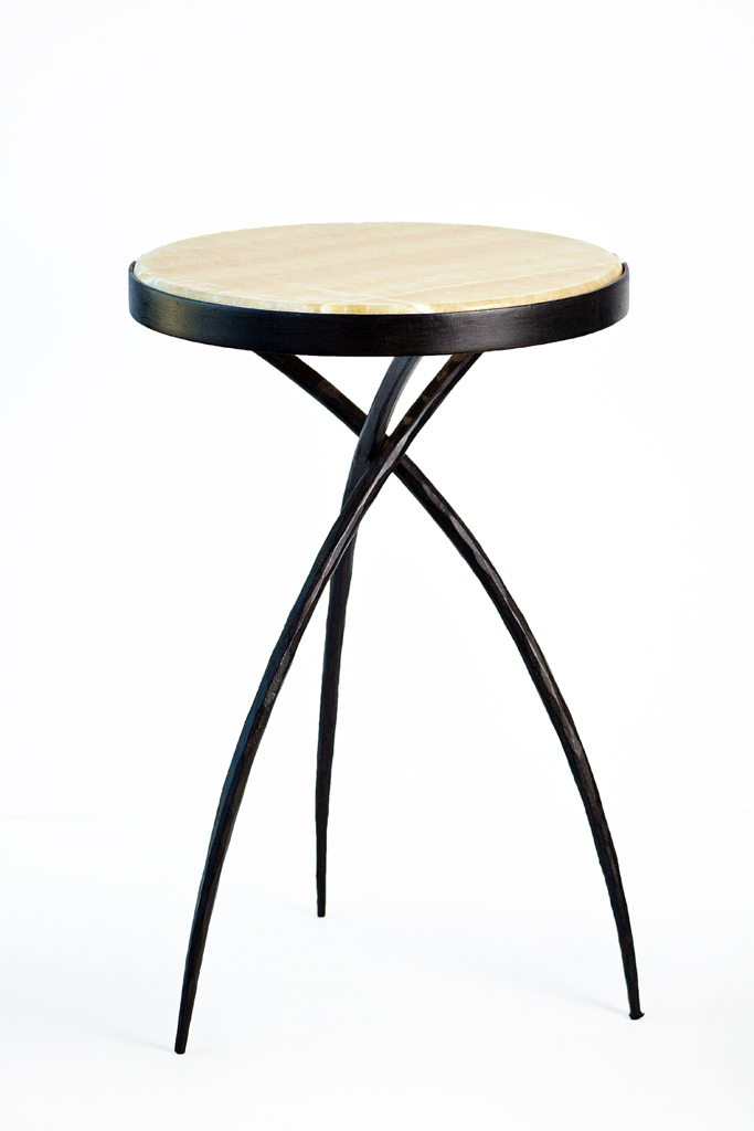 Delicieux Small Tripod Table With Onyx Top